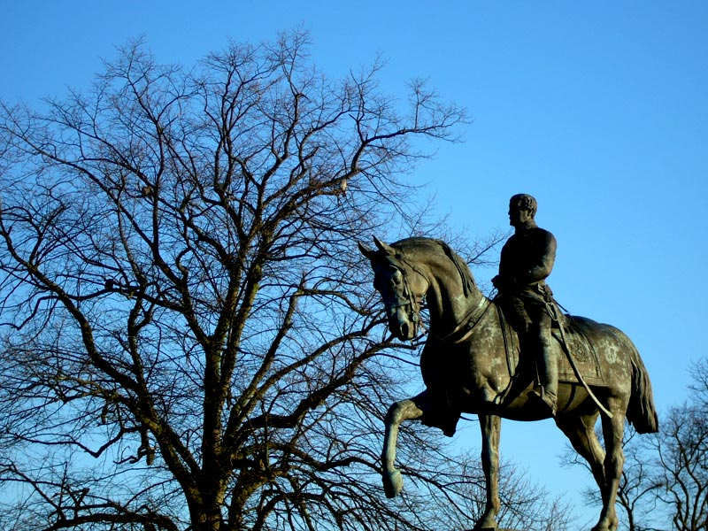 Viscount Combermere's statue in Chester