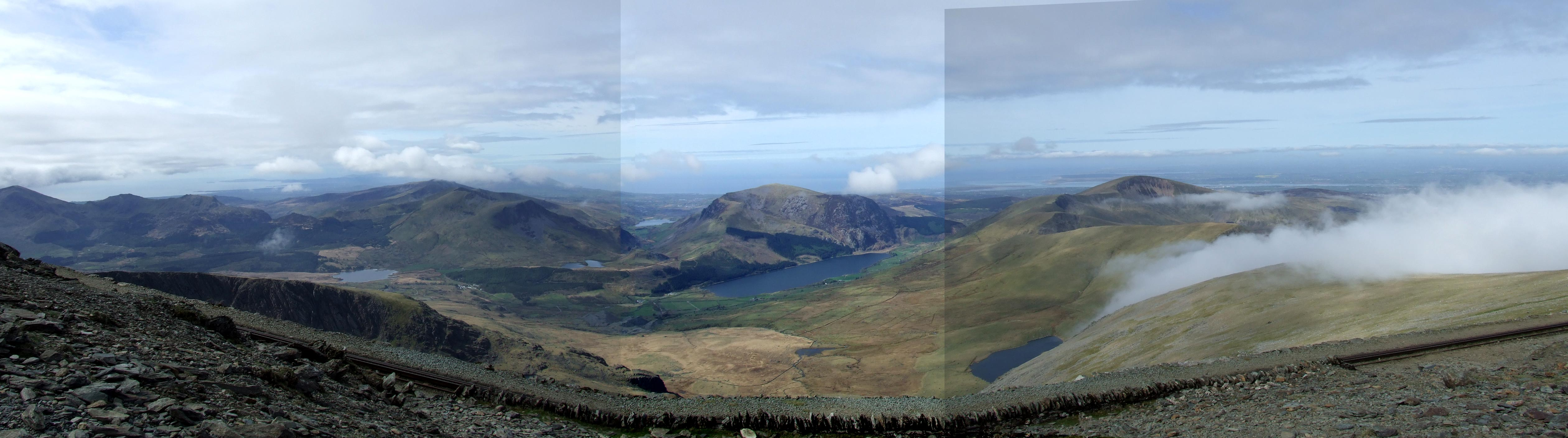 Snowdon panorama - looking South West to North West