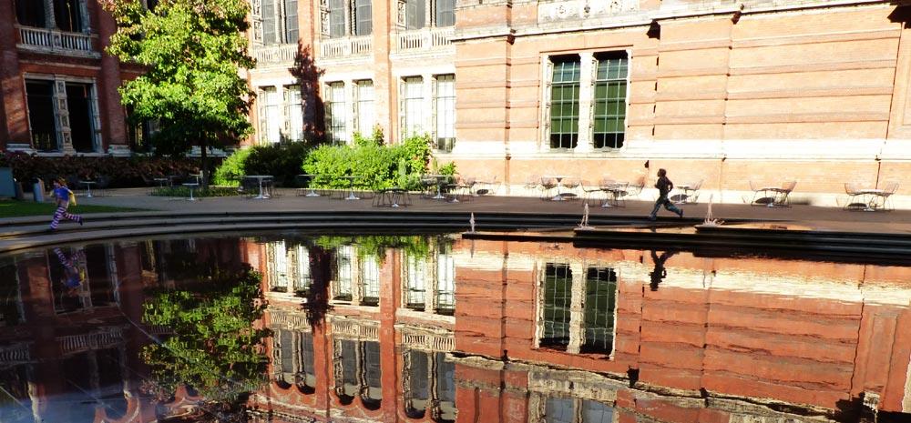John Madejski Garden, Victoria and Albert Museum, London