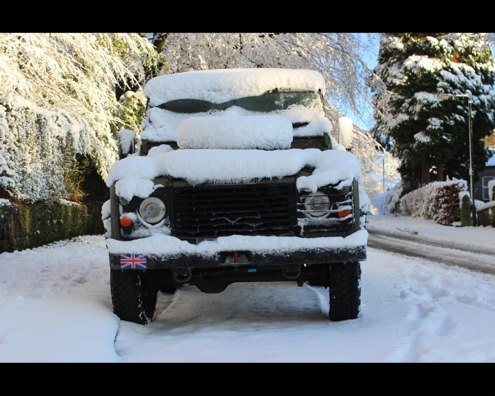 Snowy Land Rover